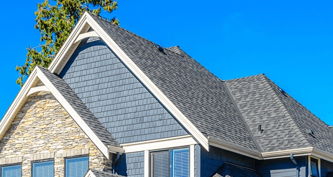 How to select the roofing contractor for your home?
